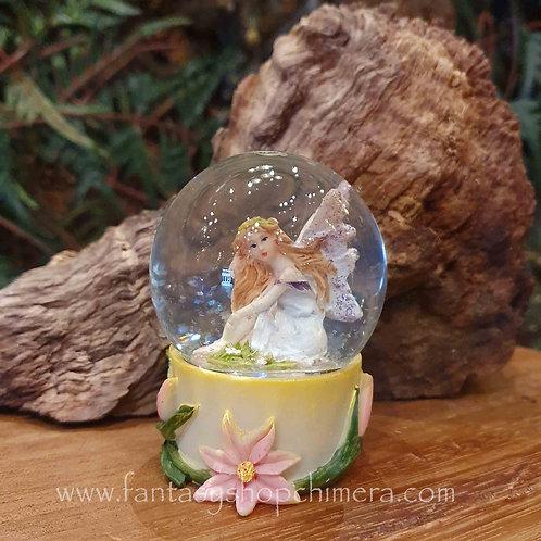 snow globe fairy elfje sneeuwbol shaker gift fantasy shop chimera amsterdam