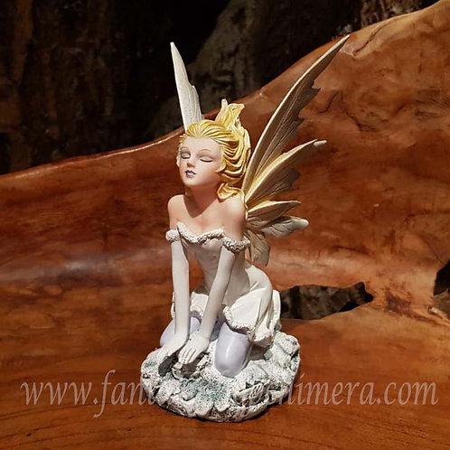 jocelyn winter fairy elfje white wit beeldje figurine disney fantasy shop amsterdam