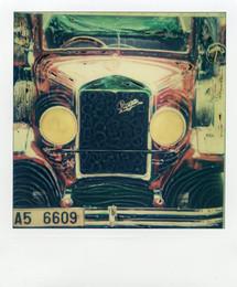 Taxi rosso - Polaroid Artistic TZ Manipolata