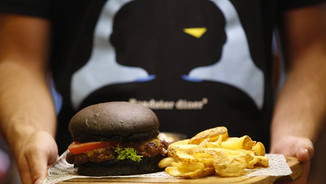 Roadster - Black Burger