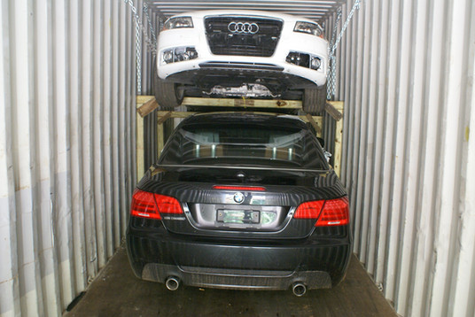 Container Shipping - Cars 2