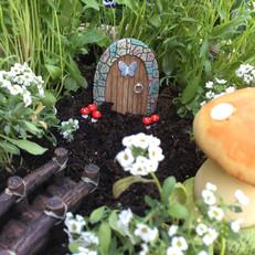 Fairy Baskets at Serenity Lodge B&B