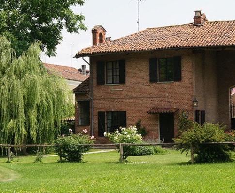 esterno Cottage.jpg