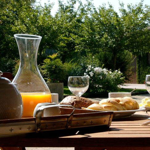 breakfast for b & b