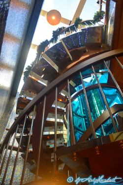 Escaliers internes au centre