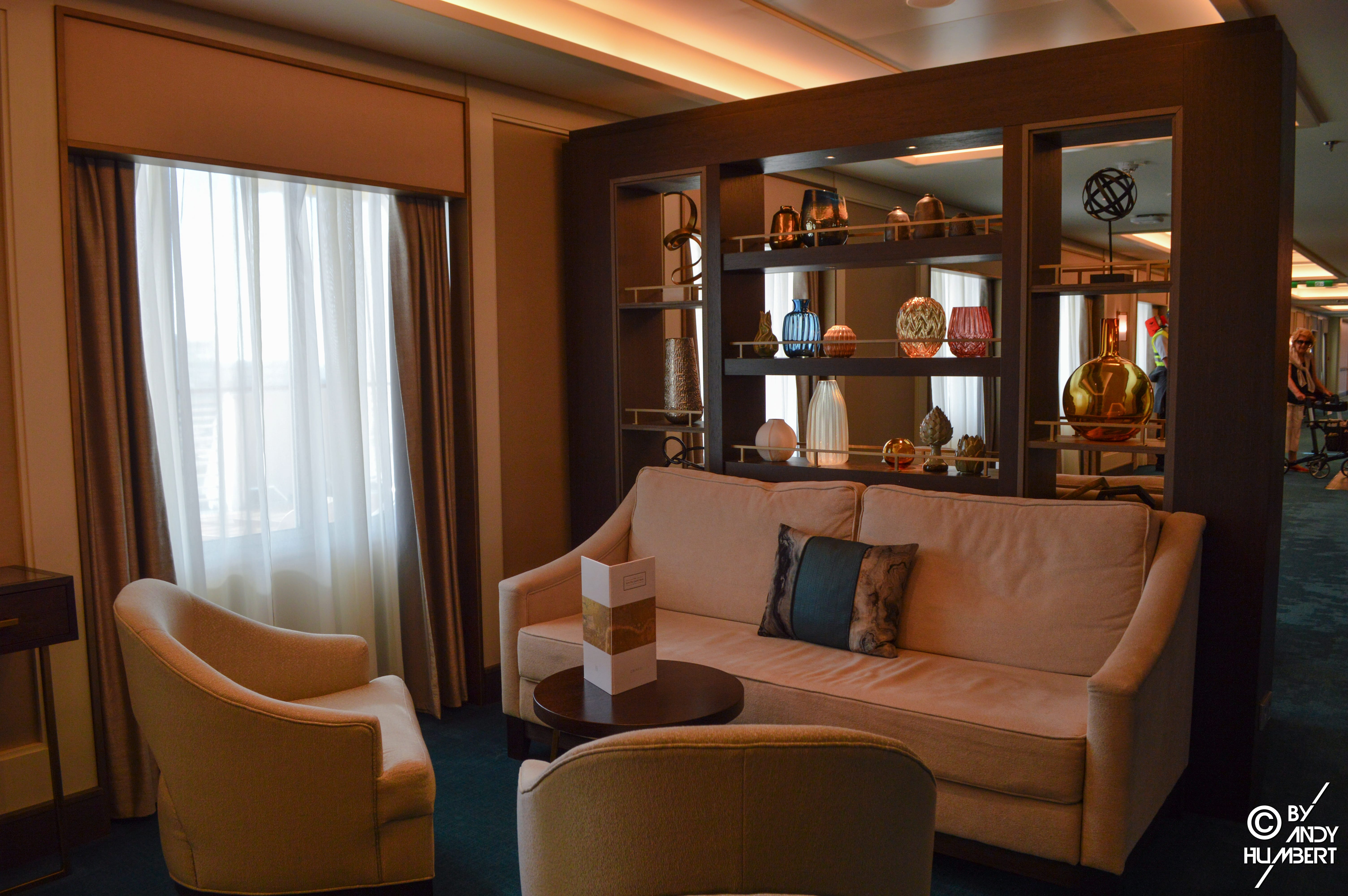 The Living Room (Main deck)