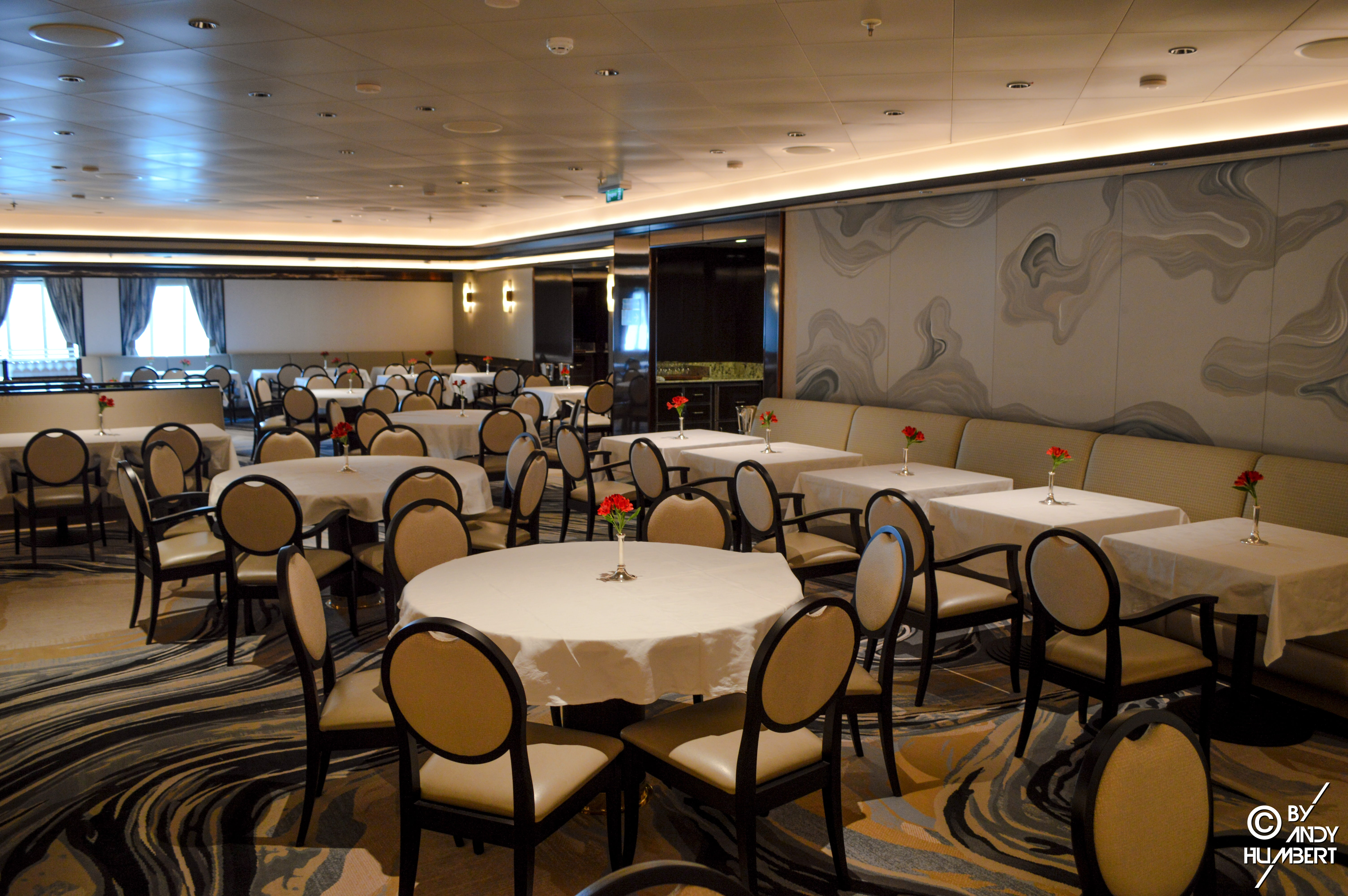 Cielo Dining Room (pont 6 Fiesta)