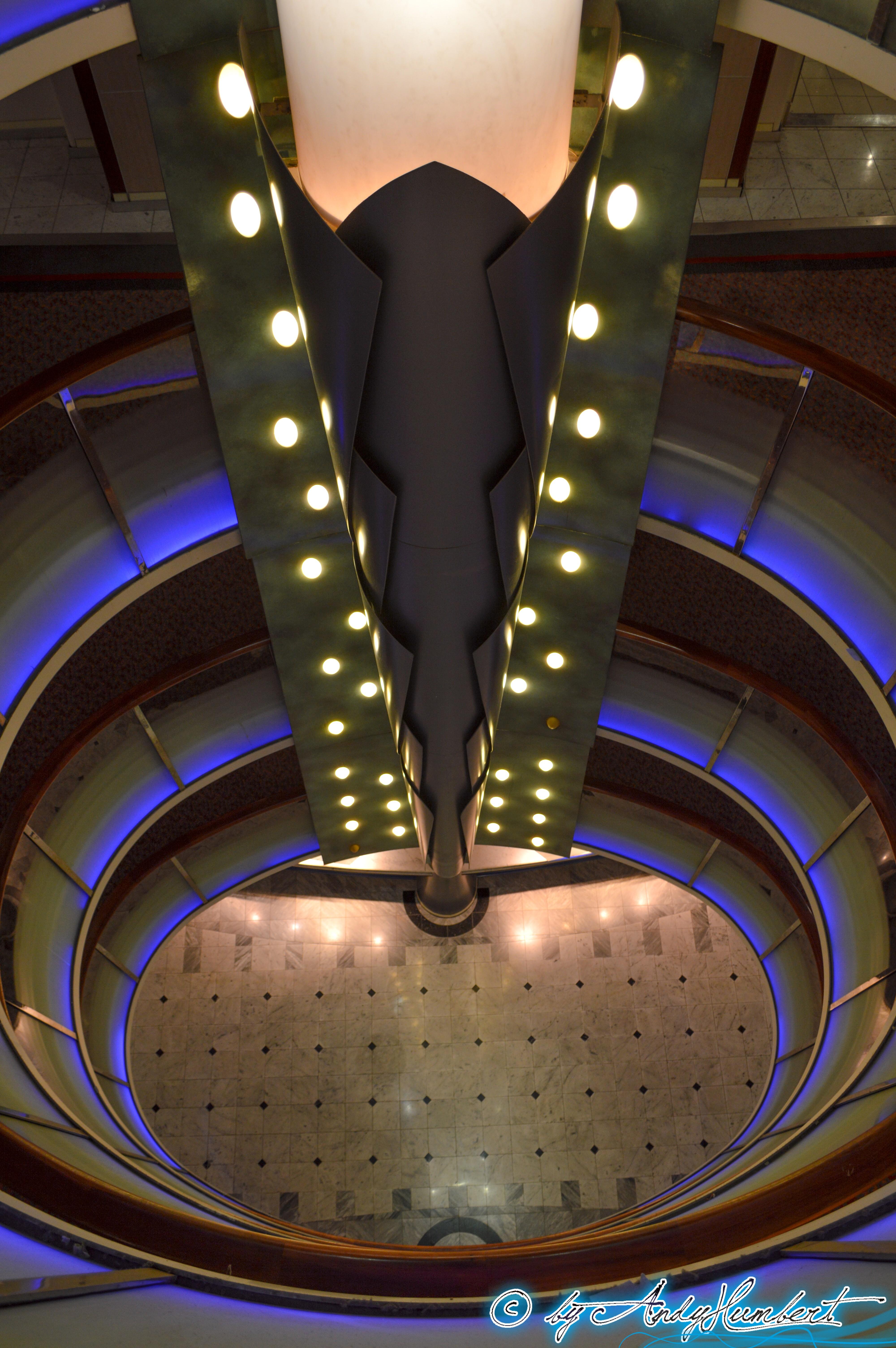 Atrium (ponts 6 à 10)