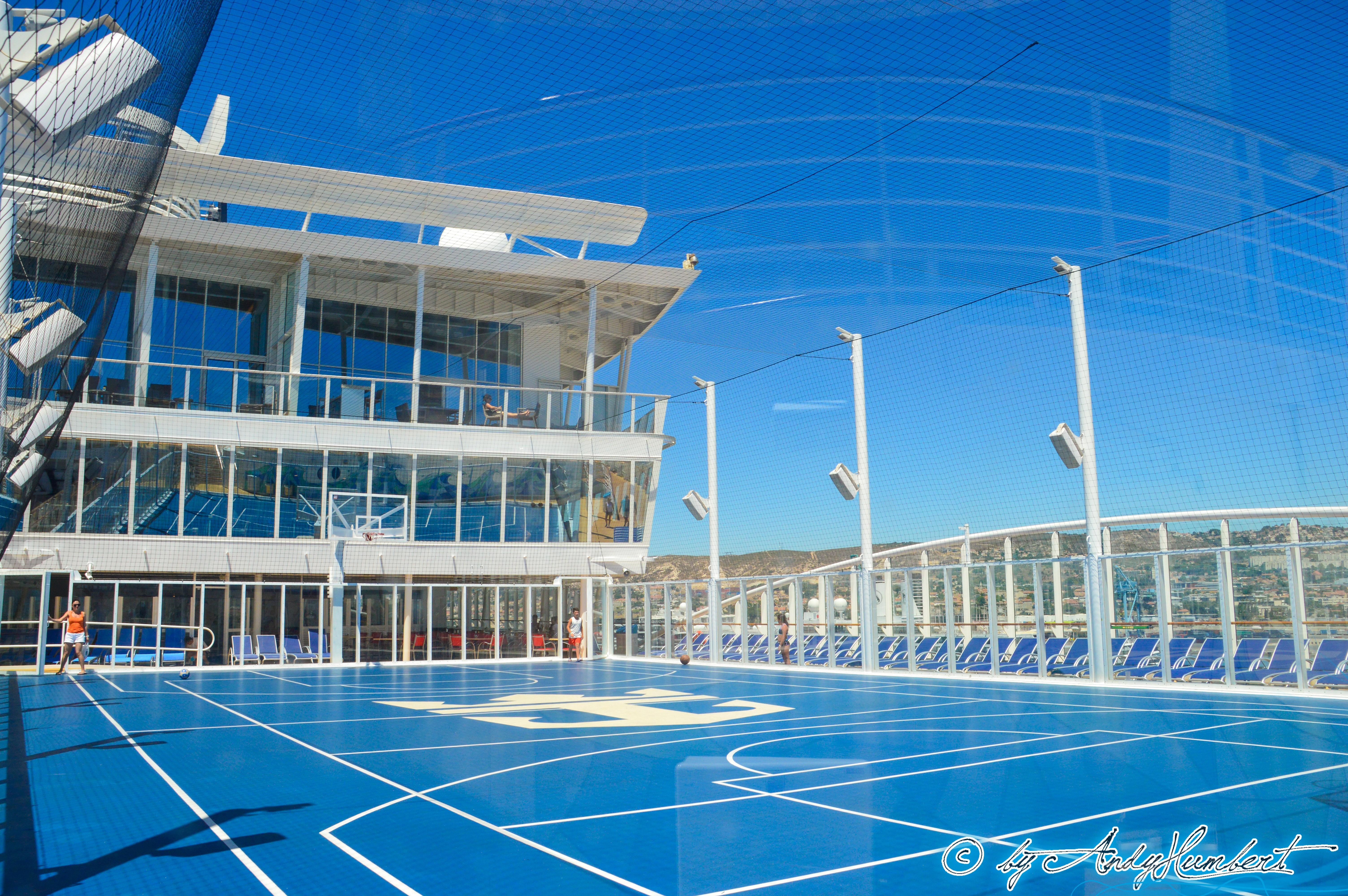 Sports Court (pont 15)