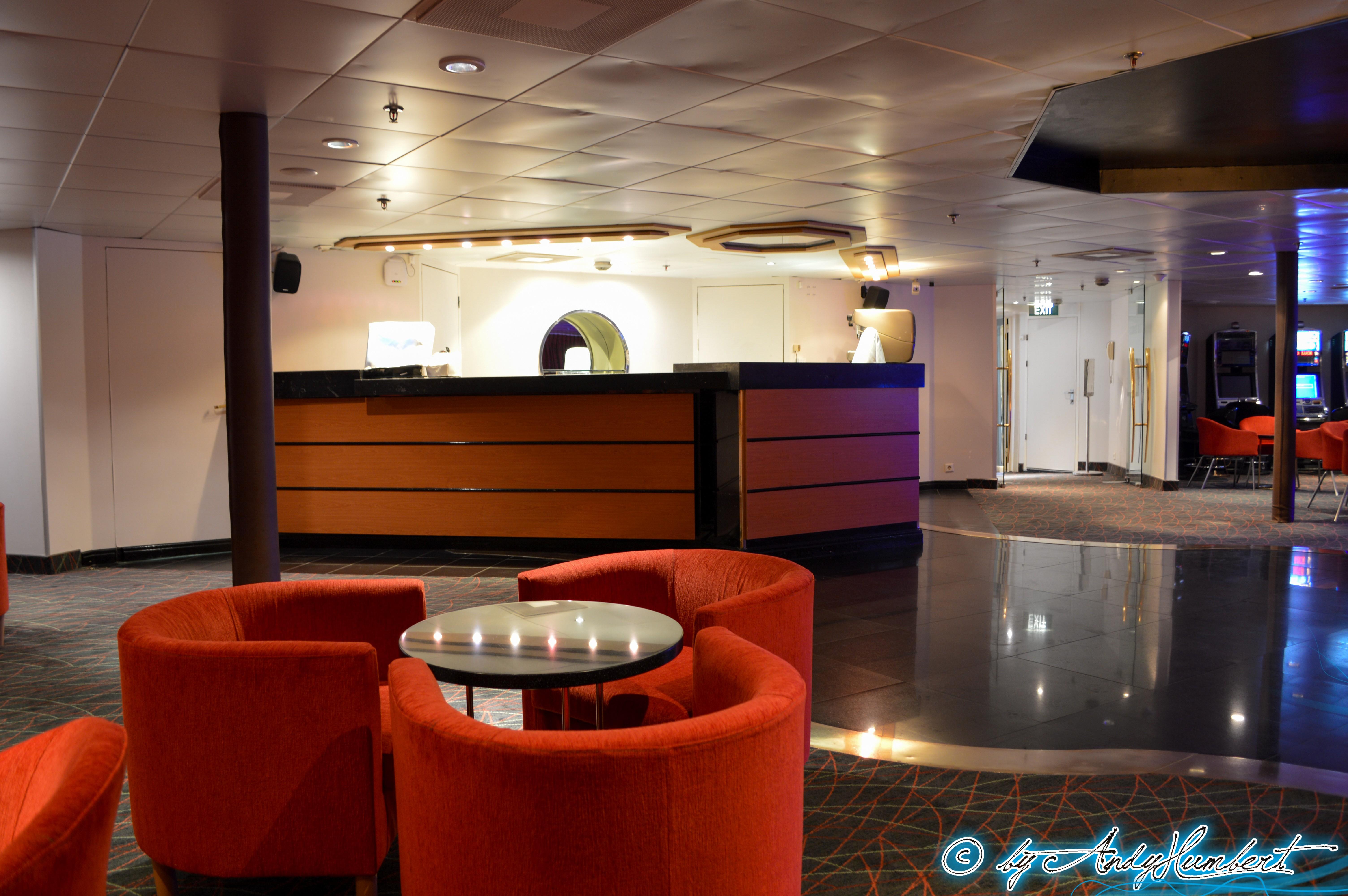 Eclipse Lounge (pont 7 Apollo)