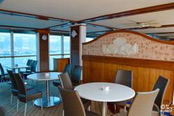 Horizon Court/Café Caribe (pont 15)