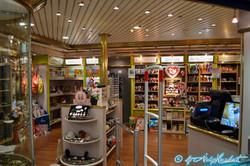 La boutique (pont 10)