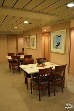 Waldorf Restaurant (pont 8 Amundsen)