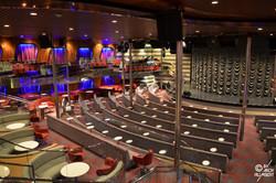 Magellan Main Show Lounge (ponts 8 Amundsen et 9 Magellan)