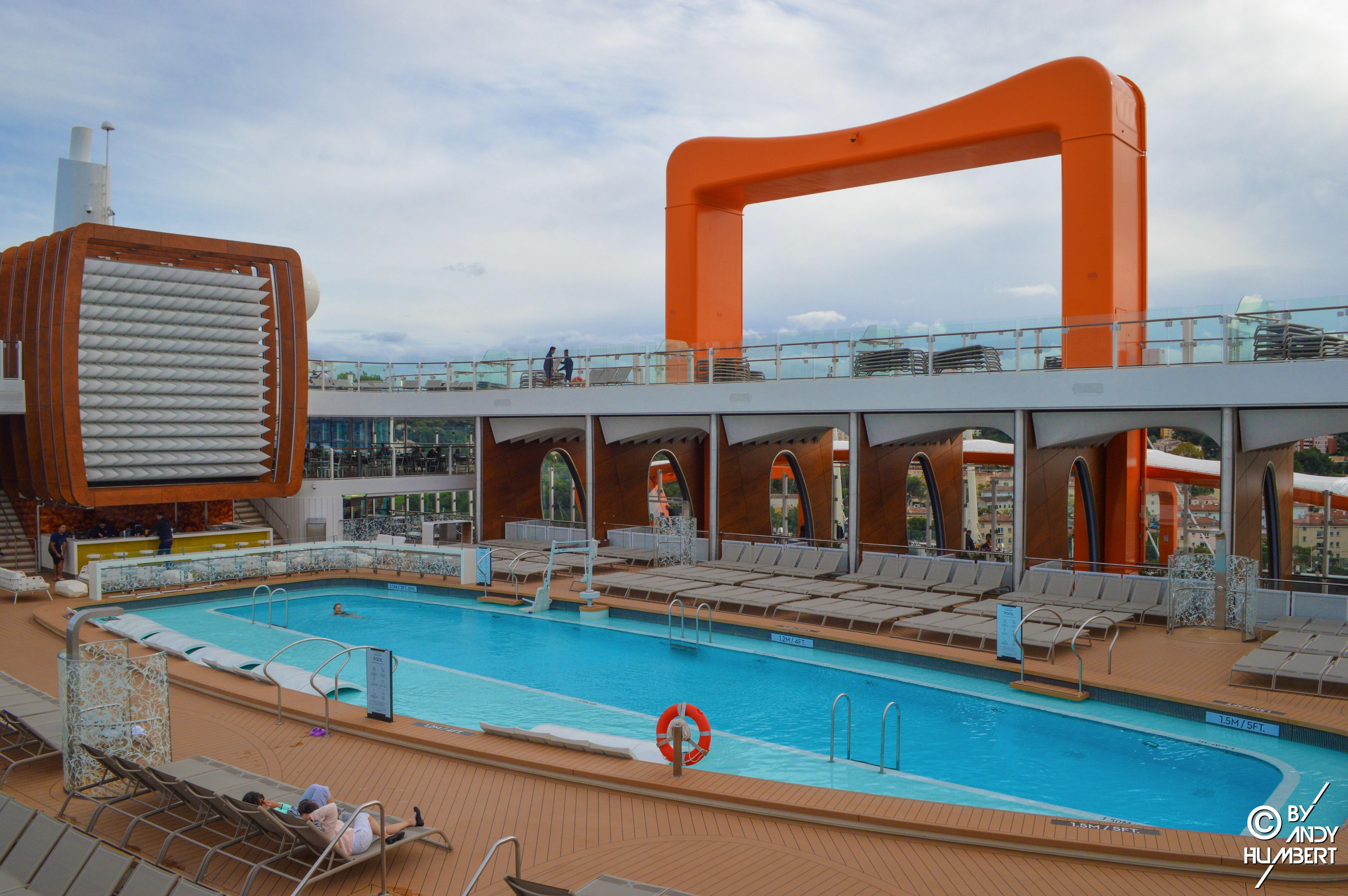 Pool (pont 14)