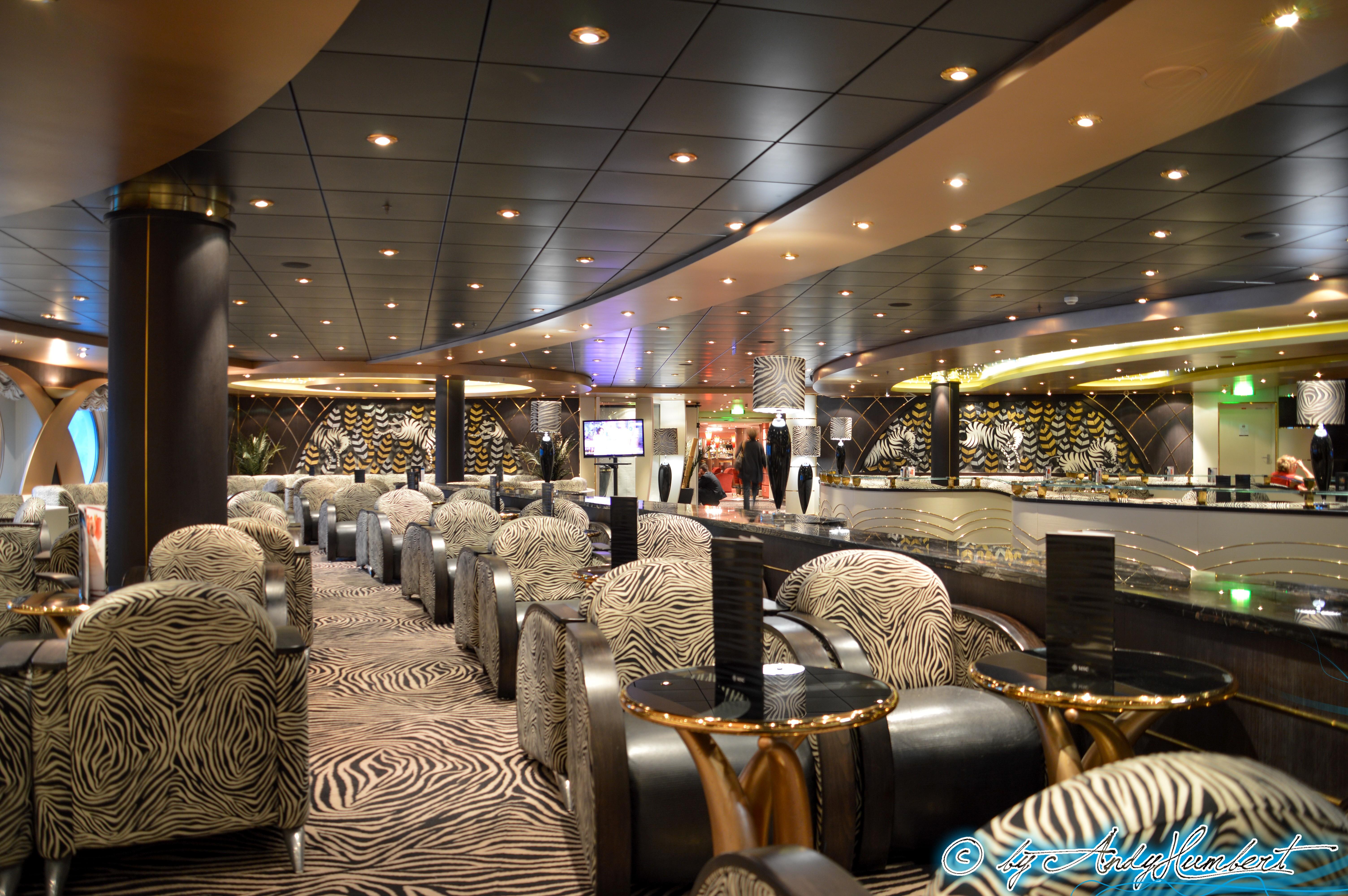 The Zebra Bar (pont 6 Dante)
