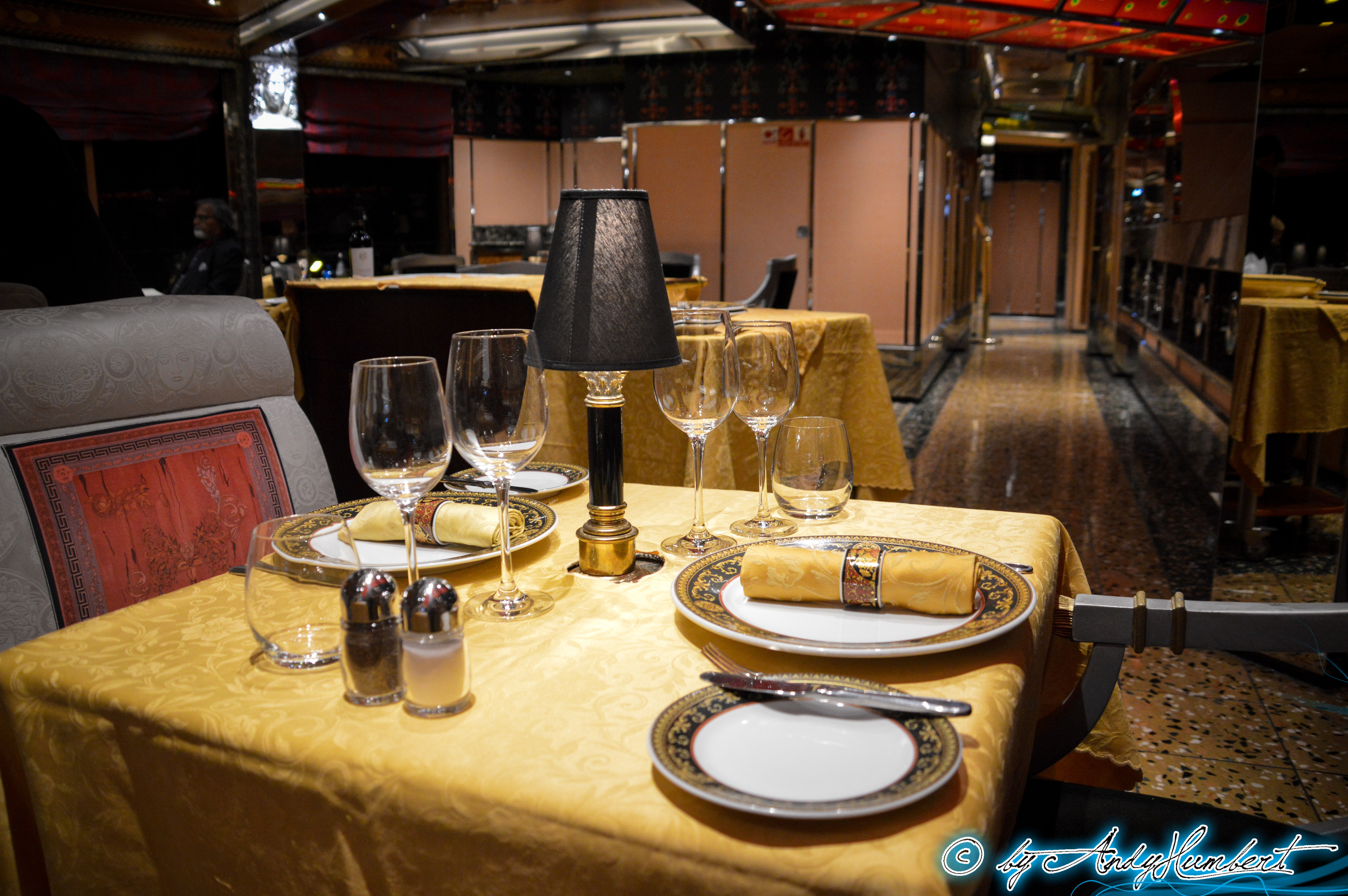 Ristorante Club Medusa (ponts 10&11)