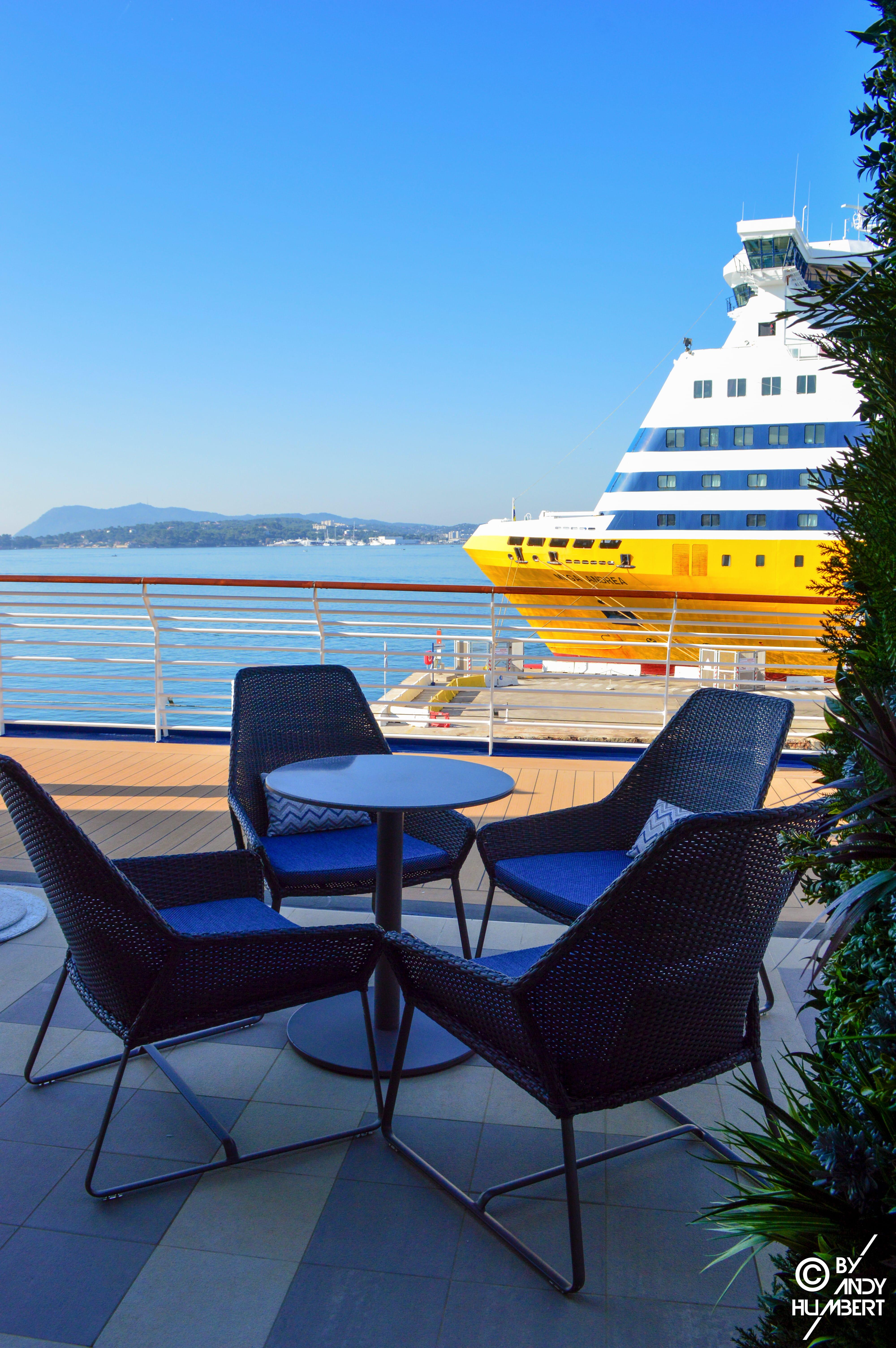 The Terrace (Promenade & E decks)
