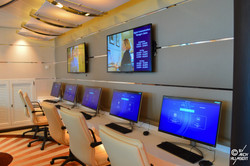Internet Café (pont 5 Plaza)