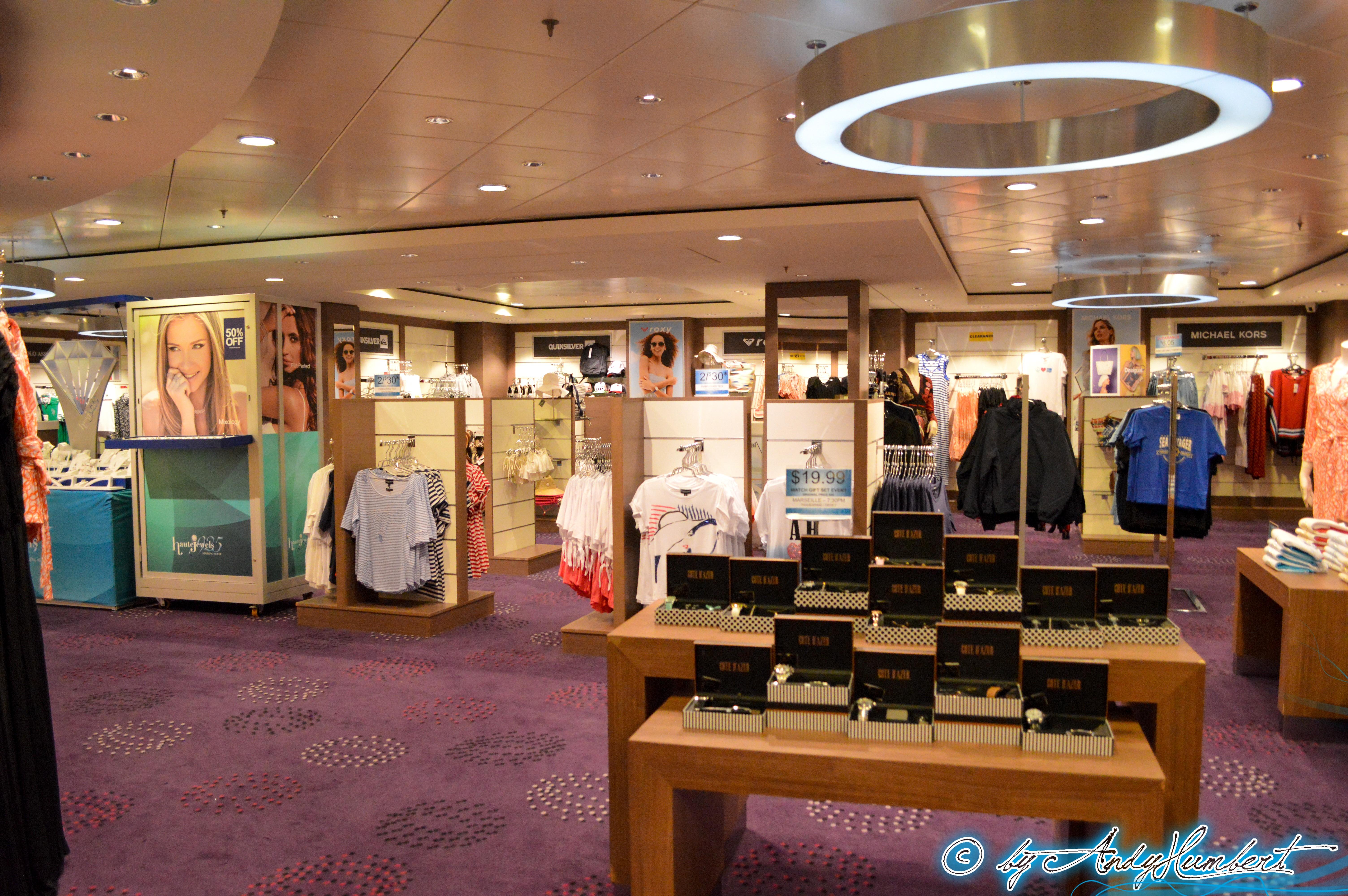 Galerie marchande (pont 7)