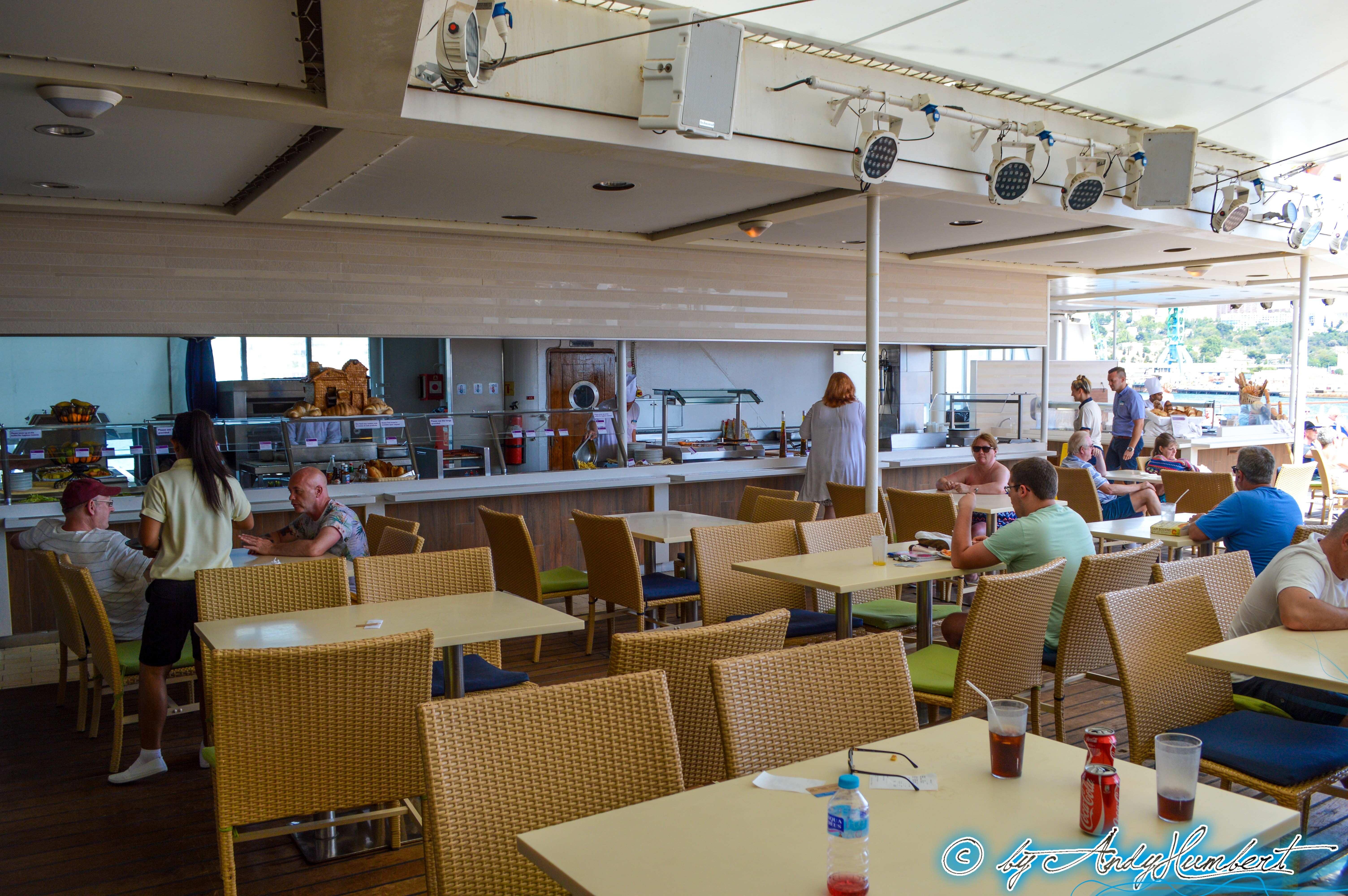 Terrace Grill (pont 5)