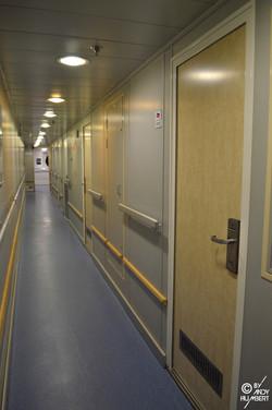 Coursives des cabines (pont 9)