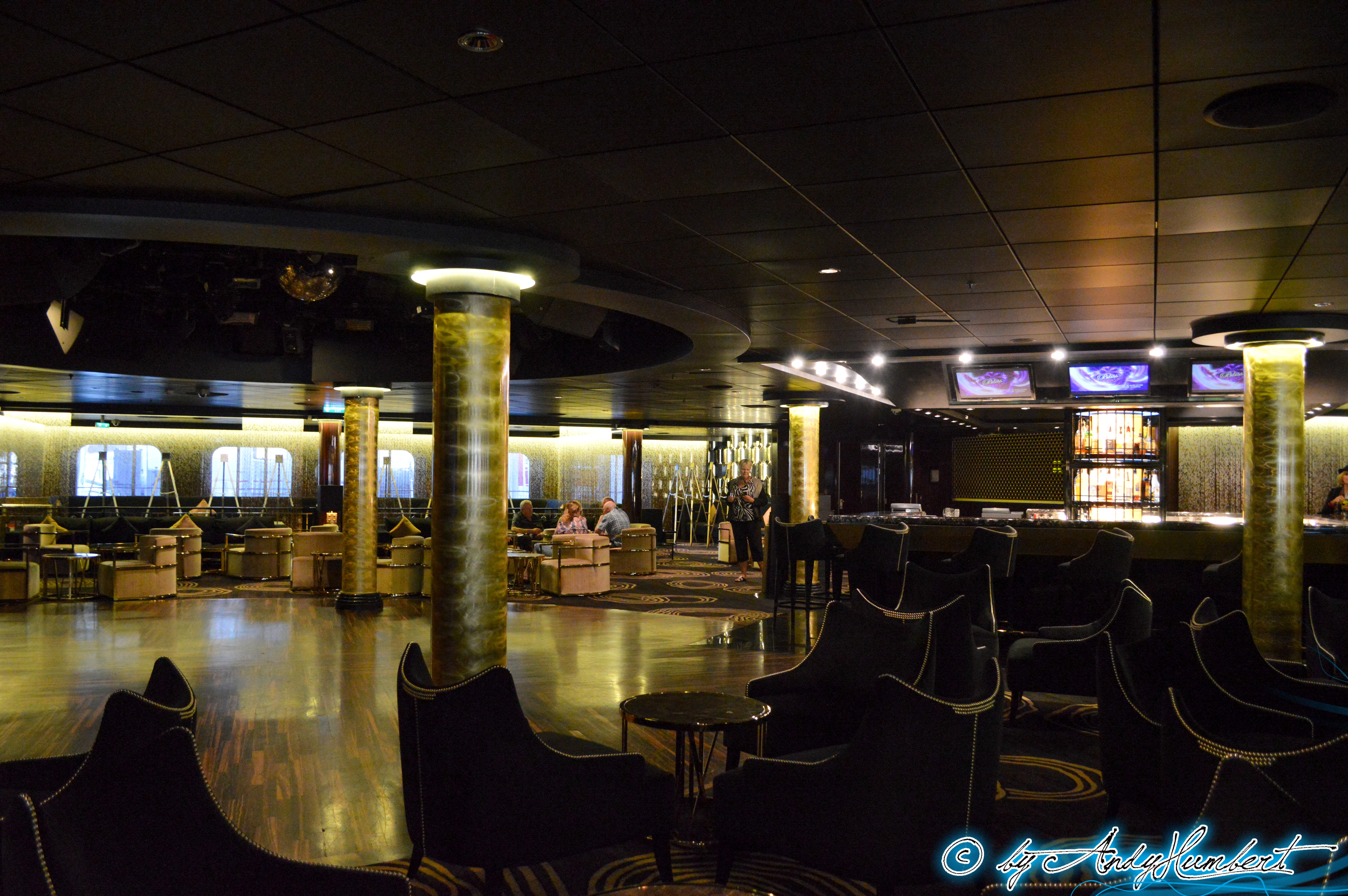 Bliss Ultra Lounge (pont 7)