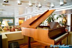 Explorer's Lounge (pont0549-1-border