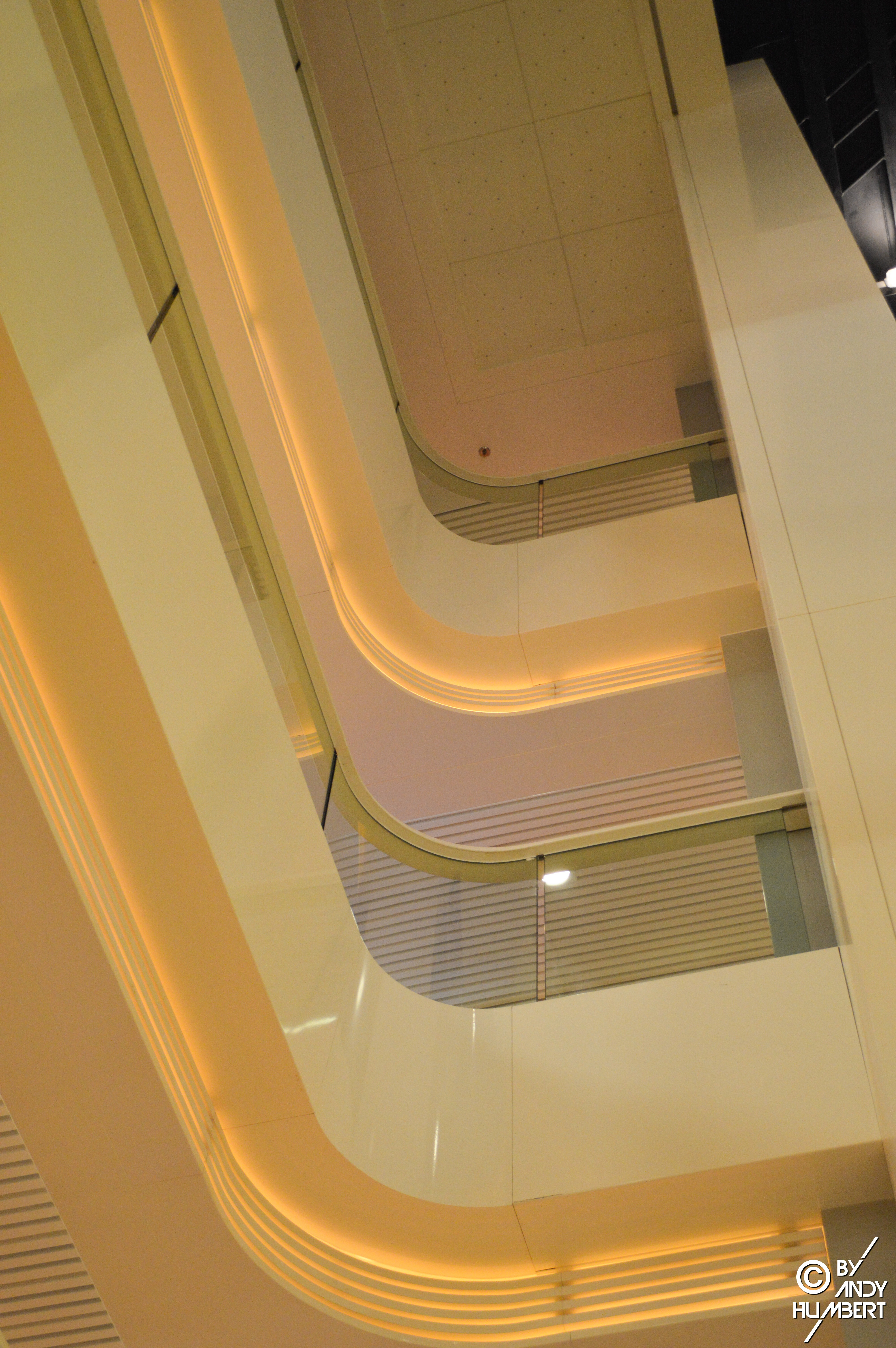 Atrium (ponts 6 à 9)