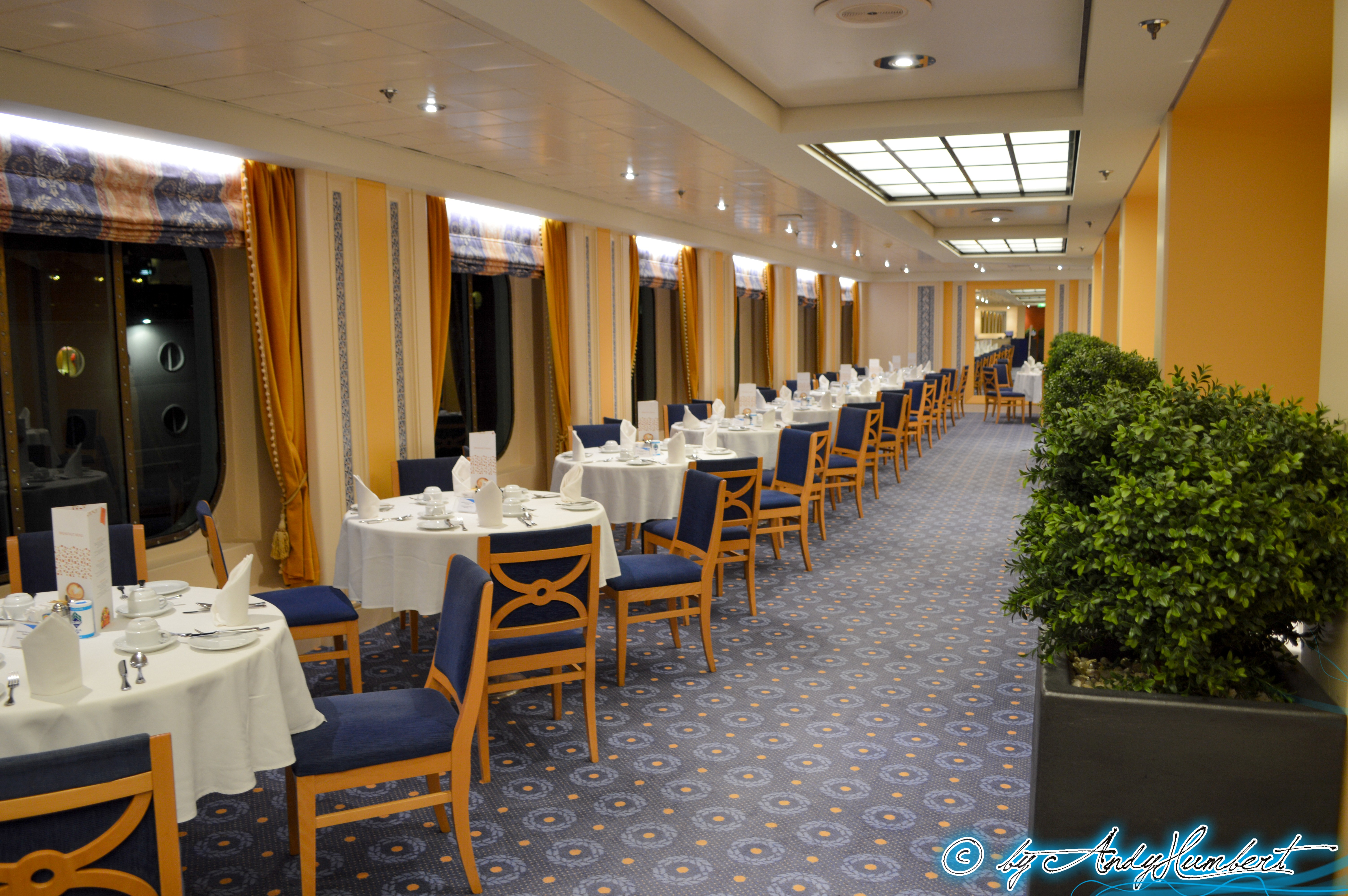 Restaurant Saint Tropez (pont 6)