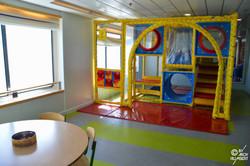 Salle de jeux enfants (pont 9)