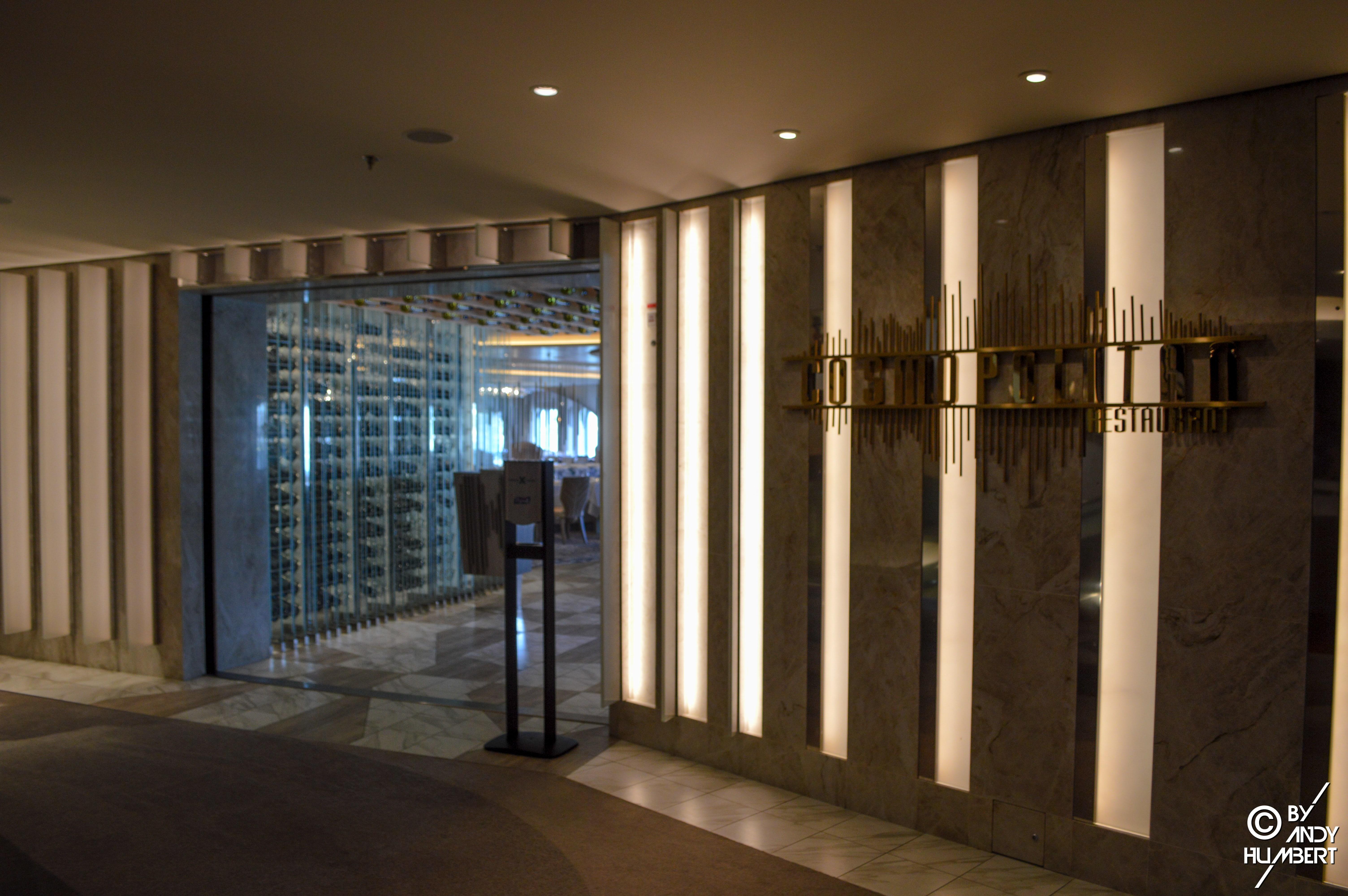 Cosmopolitan Restaurant (pont 4)