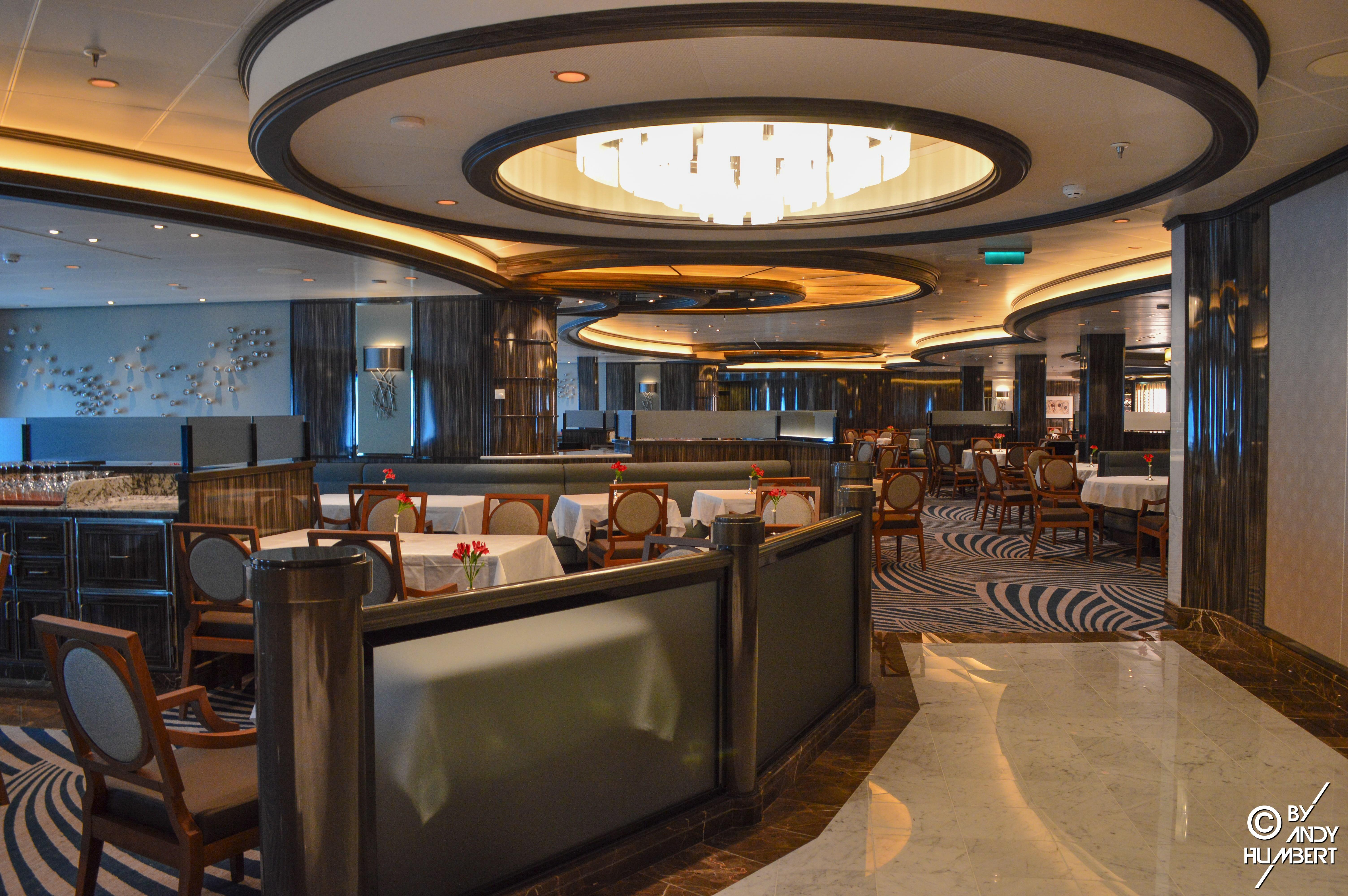 Soleil Dining Room (pont 5 Plaza)