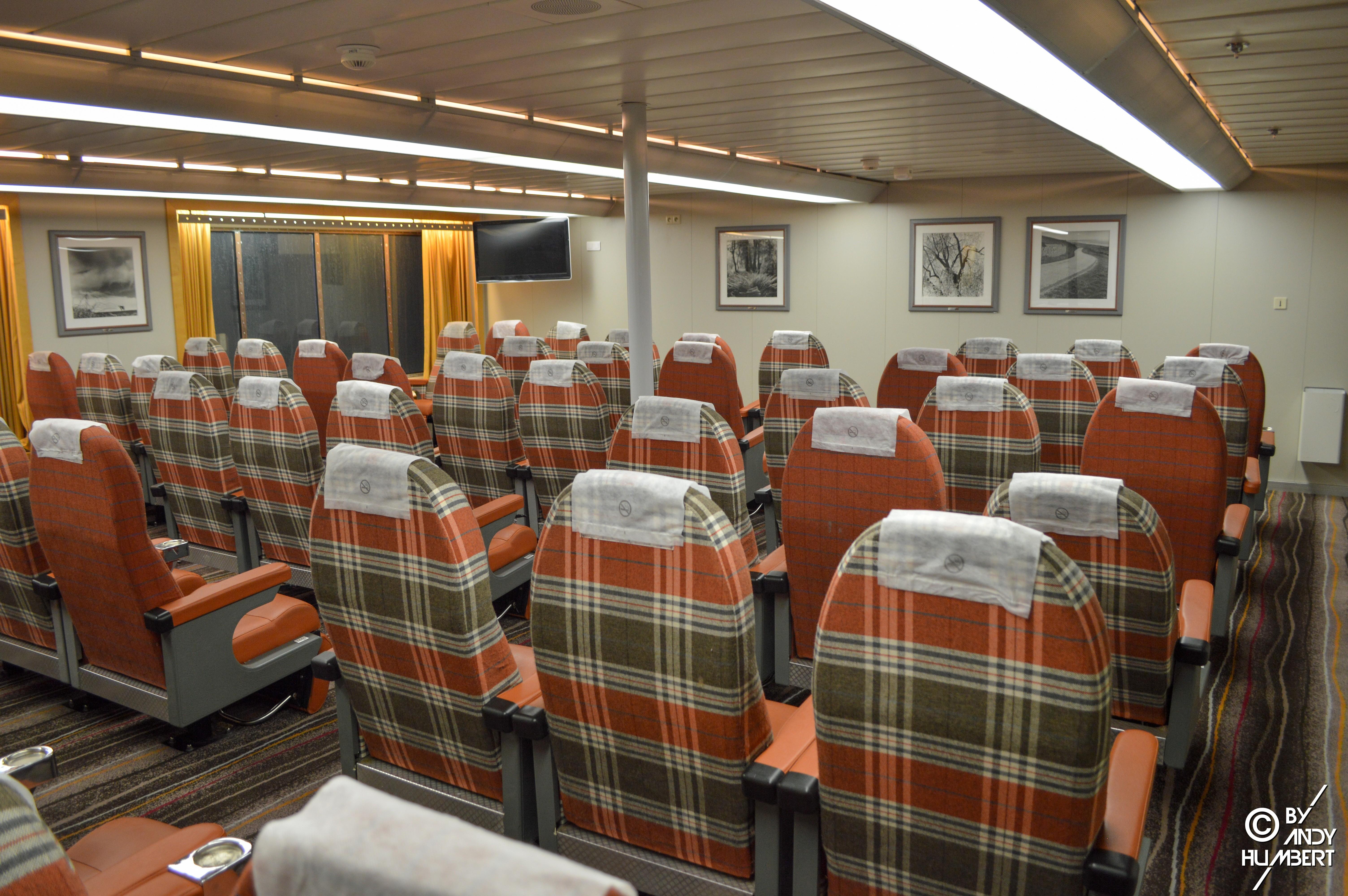 Salons fauteuils (pont 7)