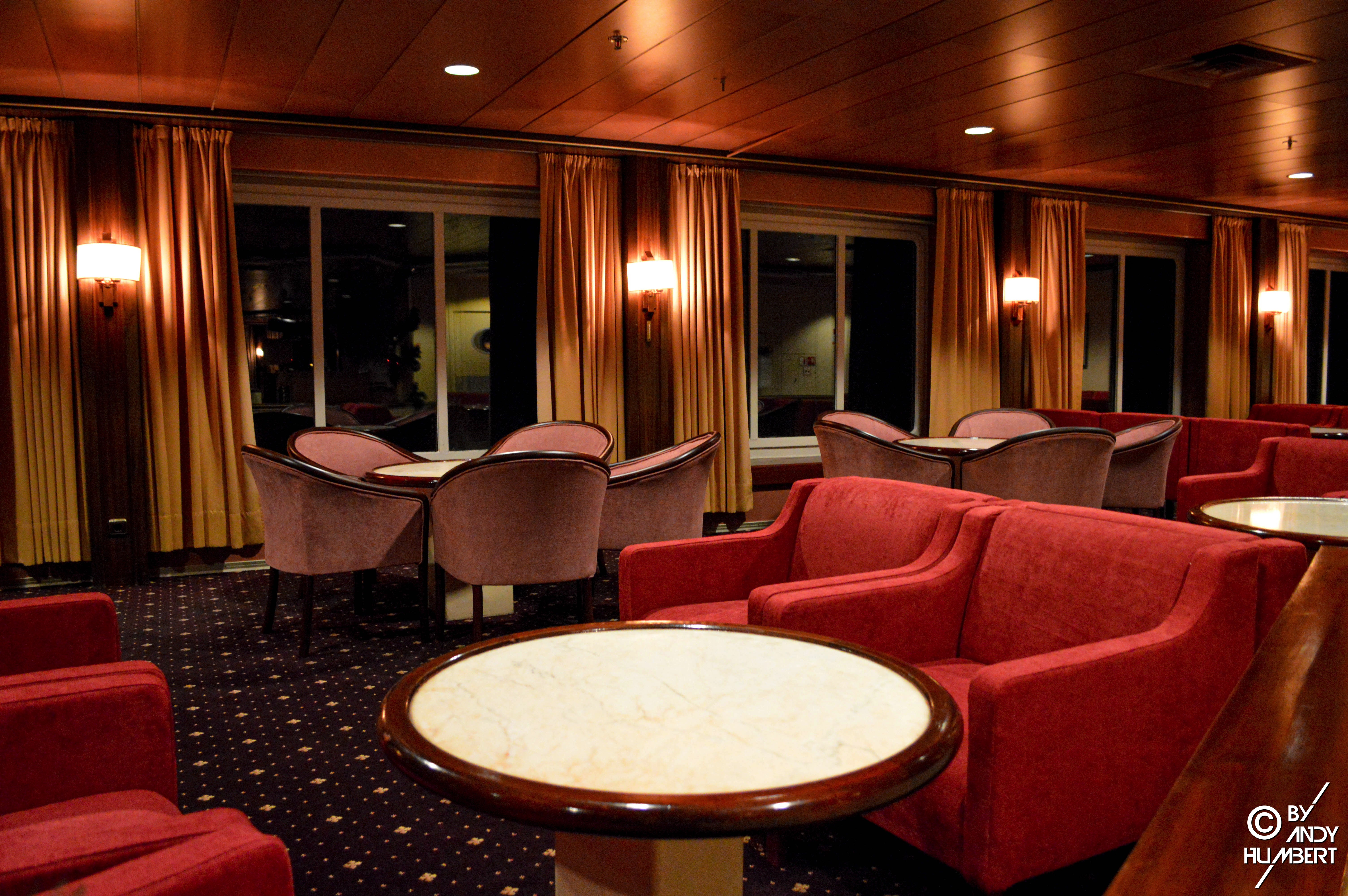 Astor Lounge (pont 6)