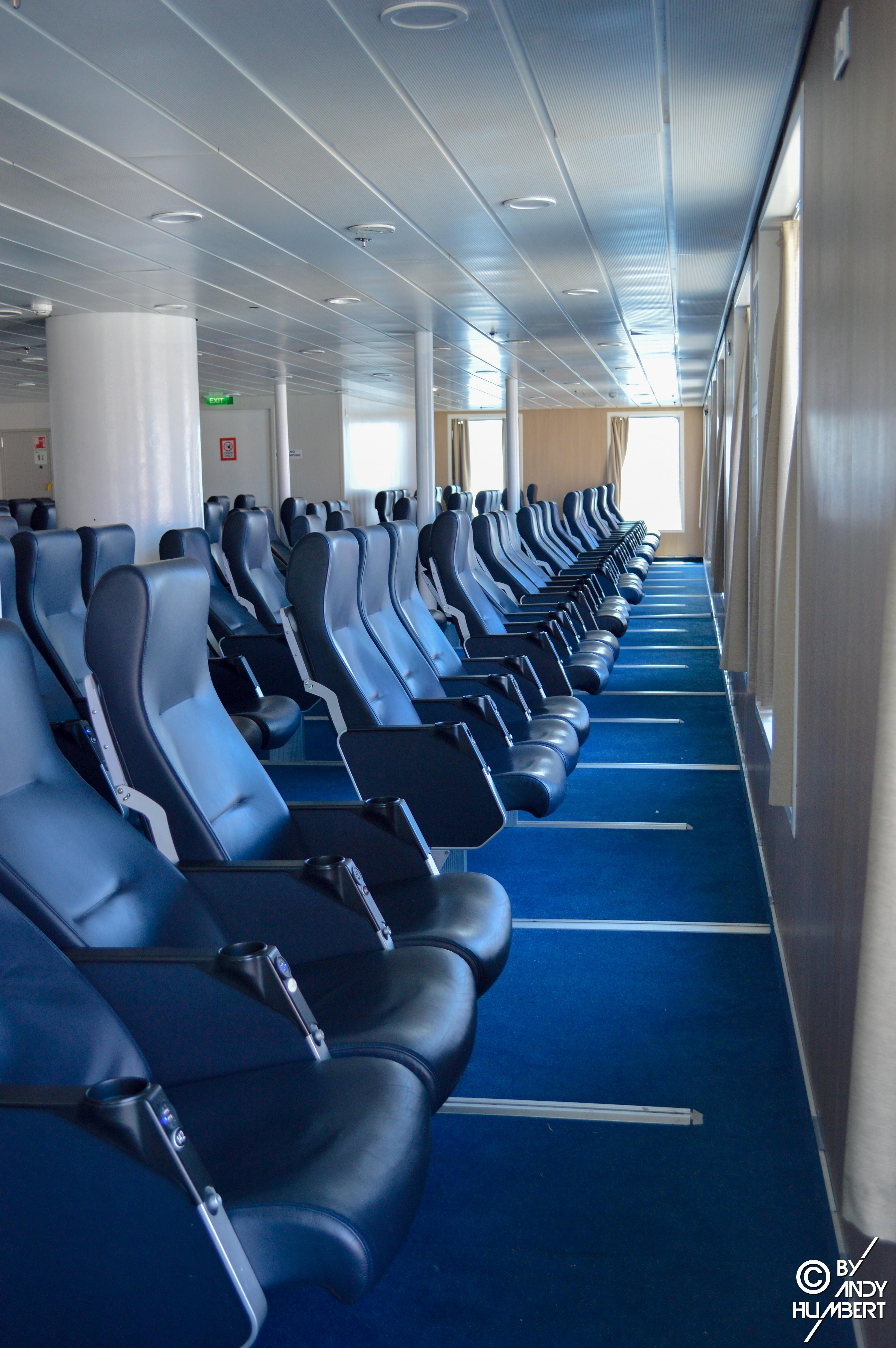 Salon fauteuils 3 (pont 8)