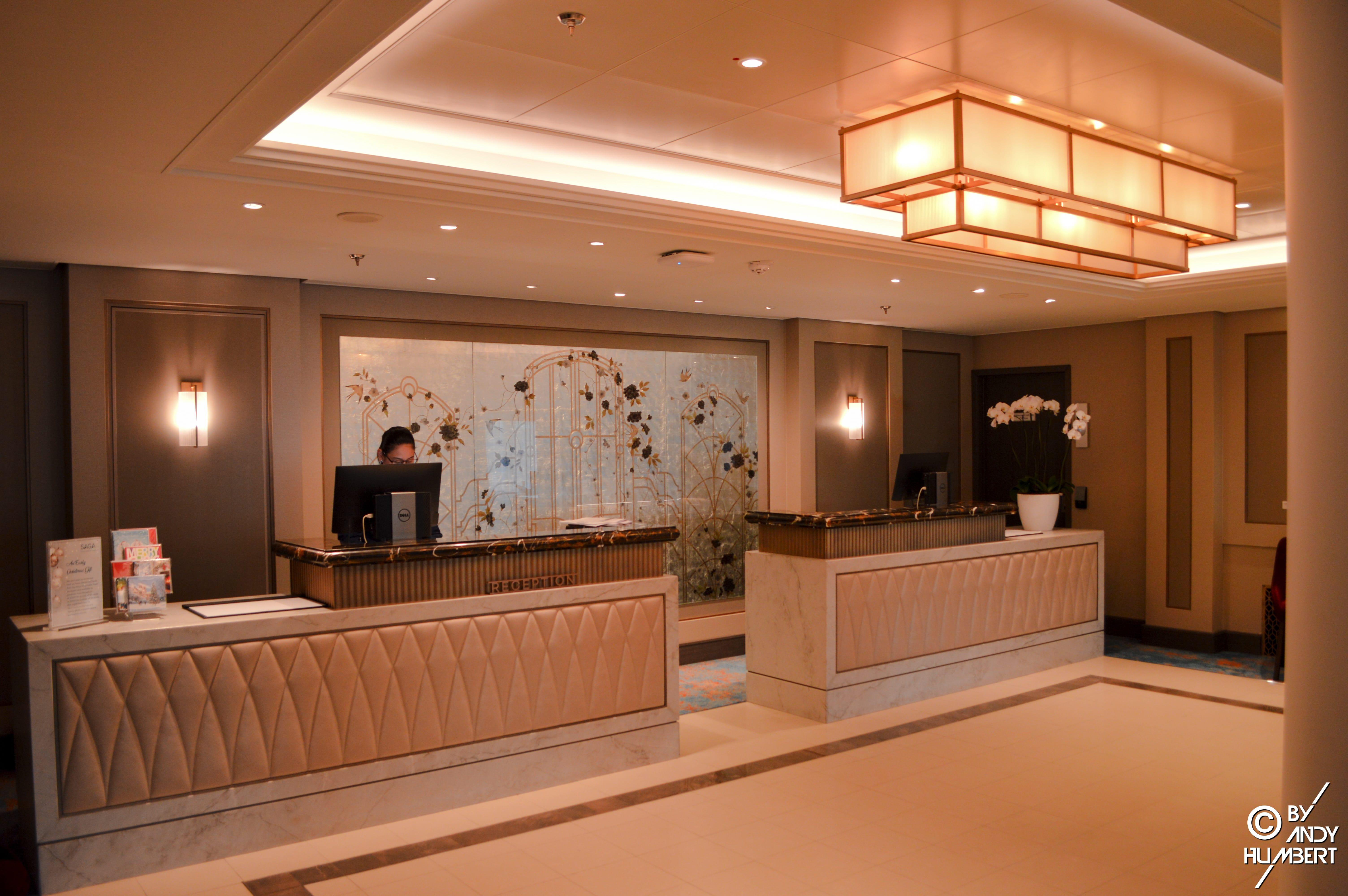 Reception (Main deck)