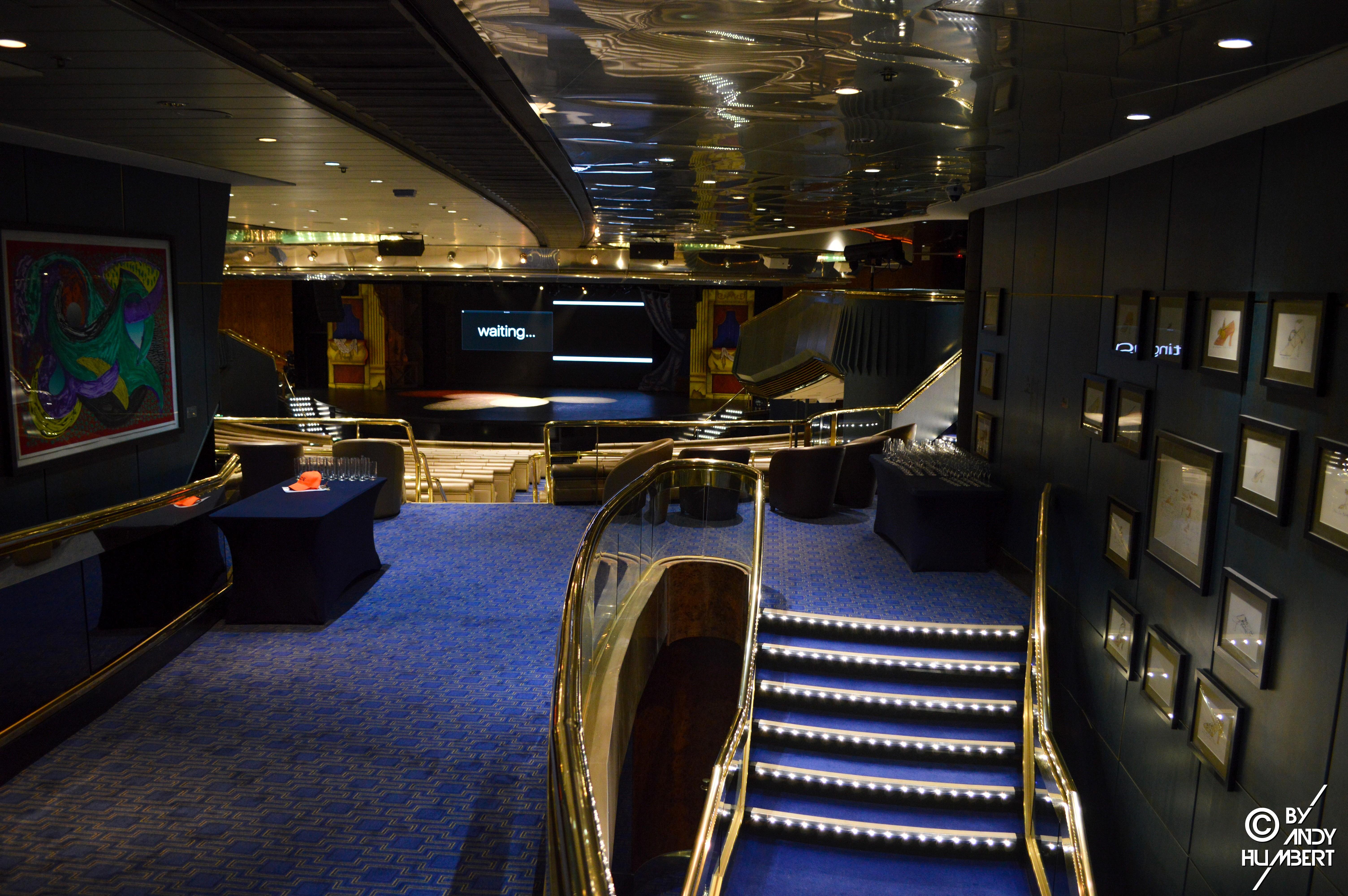 Broadway Show Lounge (ponts 6 et 7)