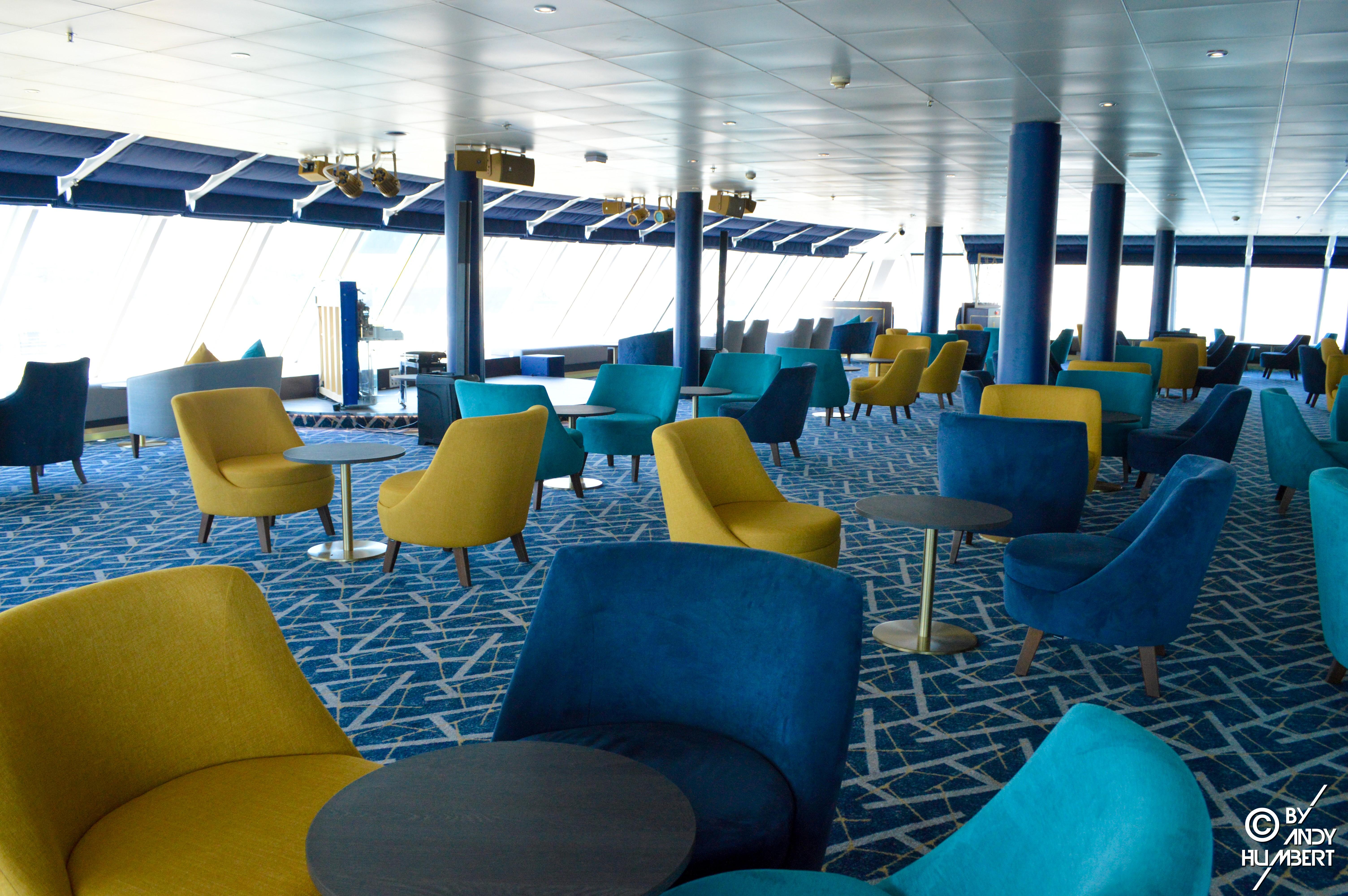 Indigo Bar & Club (pont 12)