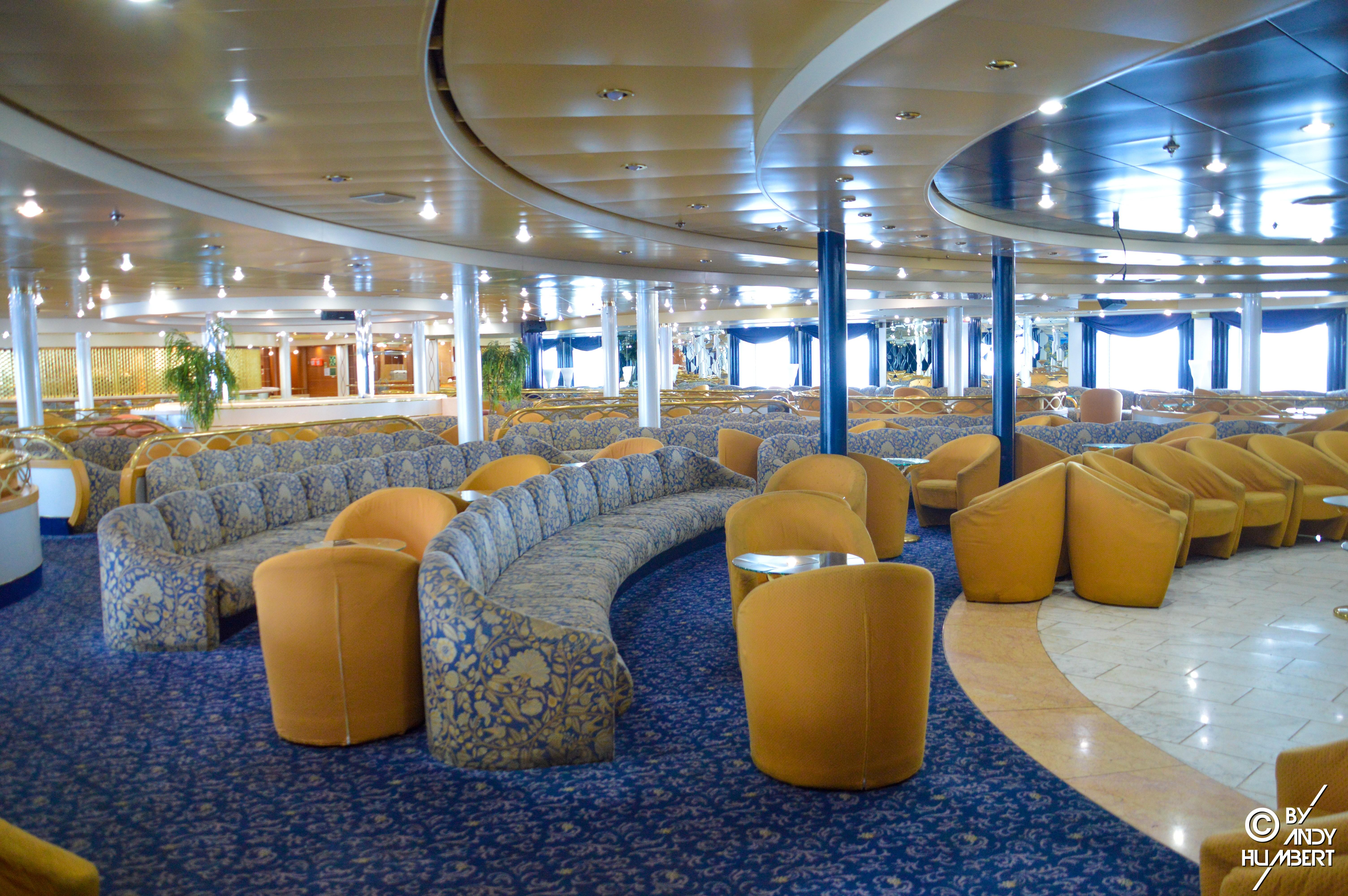 Show Lounge (pont 6)