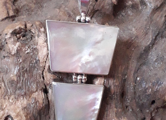 Mother Of Pearl Oyster Sea shell pendant
