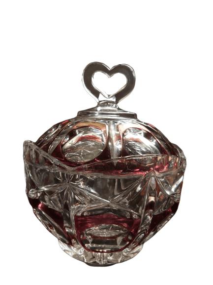 Bonbonnière en cristal de bohème.