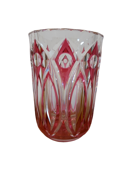 1 vase val st-Lambert rose taillé.