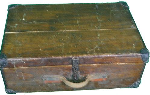 Ancienne valise en bois.
