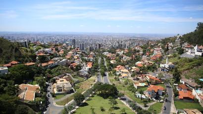 Praça Israel Pinheiro - Praça do Papa BH