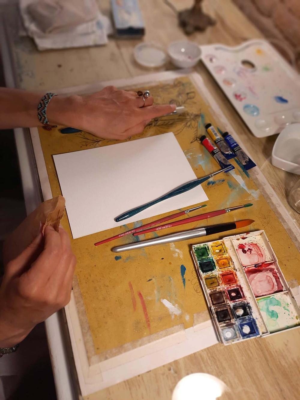"""Eleonora che sta per dipingere """"I simboli per l'anima"""""""