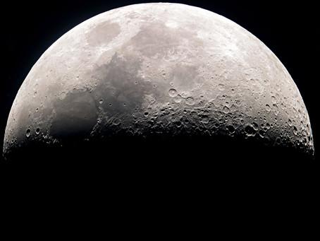 La notte, la Luna, la magia, la donna.