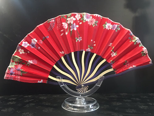 Fan - red with flowers and two-toned slats
