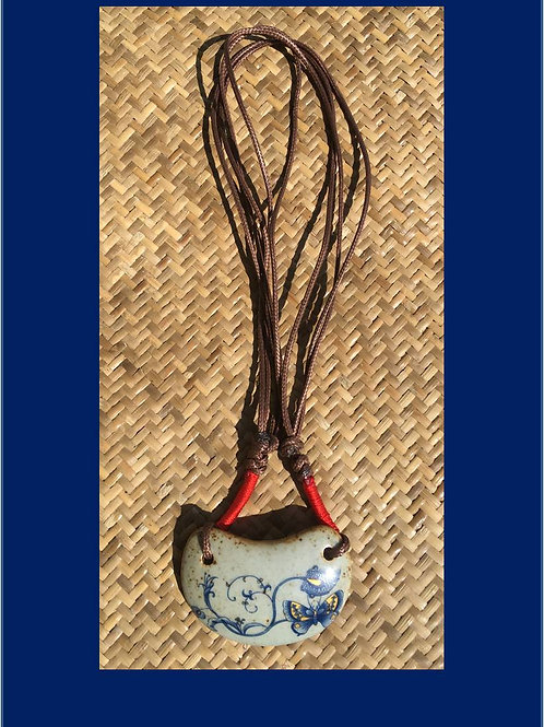 Porcelain necklace with butterfly motif