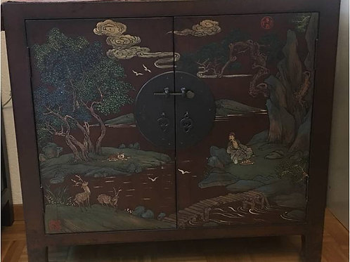 Handprinted cabinet with two doors with tiger and deer